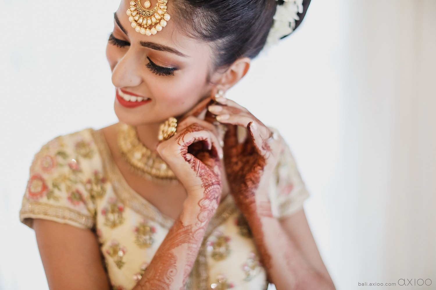 Axioo: Not Your Ordinary Indian Wedding